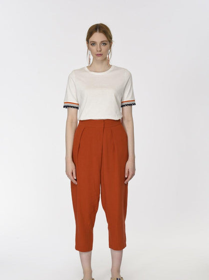 ROMAN USA-Tapered Red Brick Ankle Pant-- [BRICK]