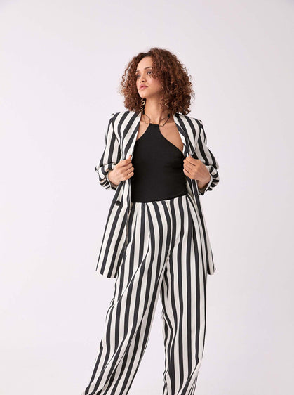 ROMAN USA-B&W Striped Wide Leg Pant-- [BLACK]-- [BONE]
