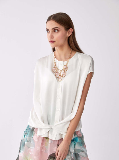Sleeveless Glossy Button Down
