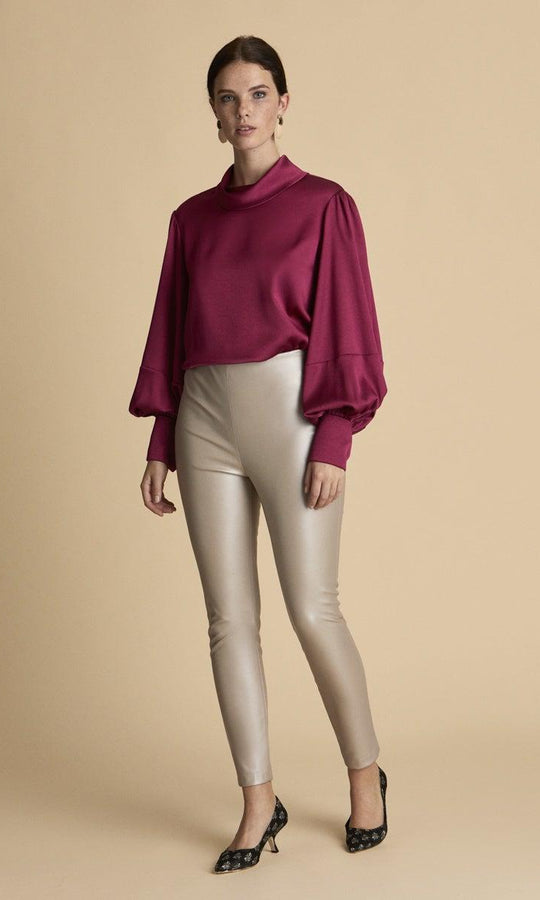 SKINNY CROPED BEIGE PANTS