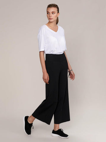 WIDE-LEGGED CROPPED PANTS