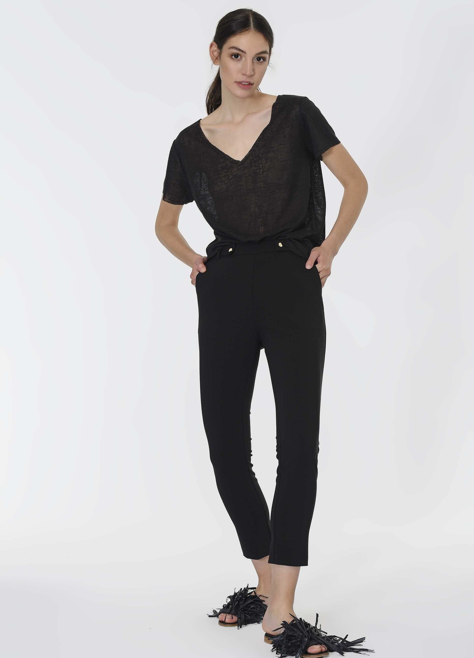 Button Detail Ankle Pant