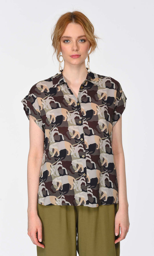 ANIMAL PATTERN SHORT SLEEVE BLOUSE