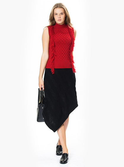 ASYMMETRIC KNIT SKIRT
