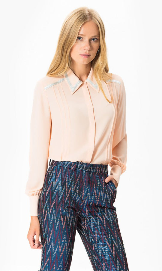 LONG SLEEVE PLEAT FRONT SHIRT