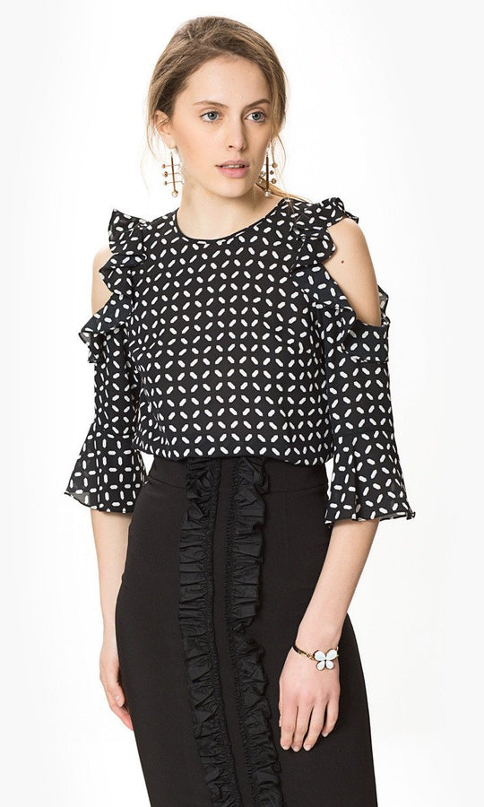 PATTERNED RUFFLE TOP
