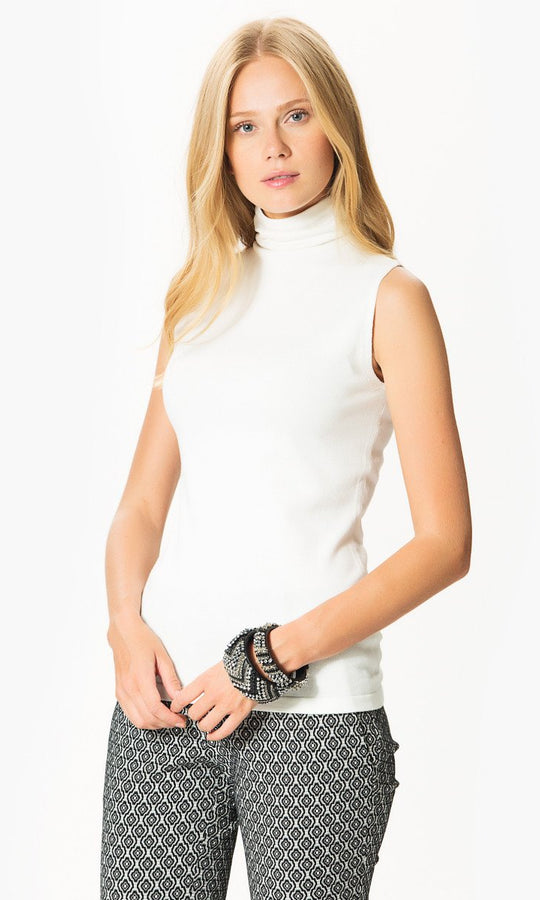 Apparel - Sleeveless Turtleneck Knitwear