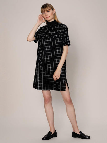 ROMAN USA- [BLACK] Mockneck Shift Dress-- [ORIGINAL]