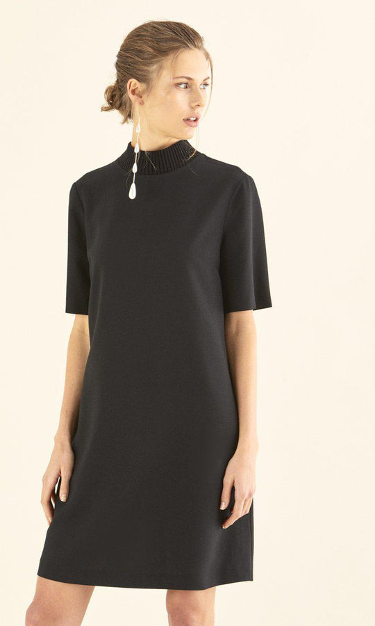 NECKLINE DETAILED SHORT SLEEVE BLACK DRESS