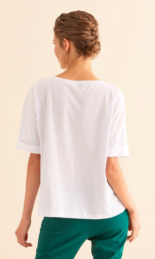 LOOSE FIT EMBROIDERED T-SHIRT