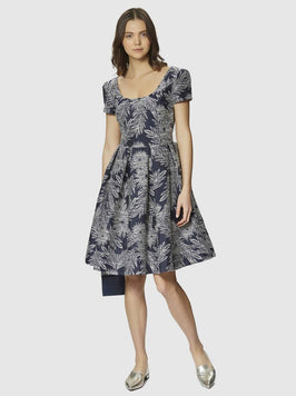 SHORT SLEEVE PATTERNED FLARE SKIRT DRESS