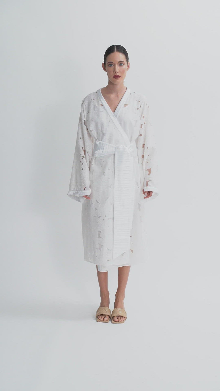 The Agustina Wrap Dress | White