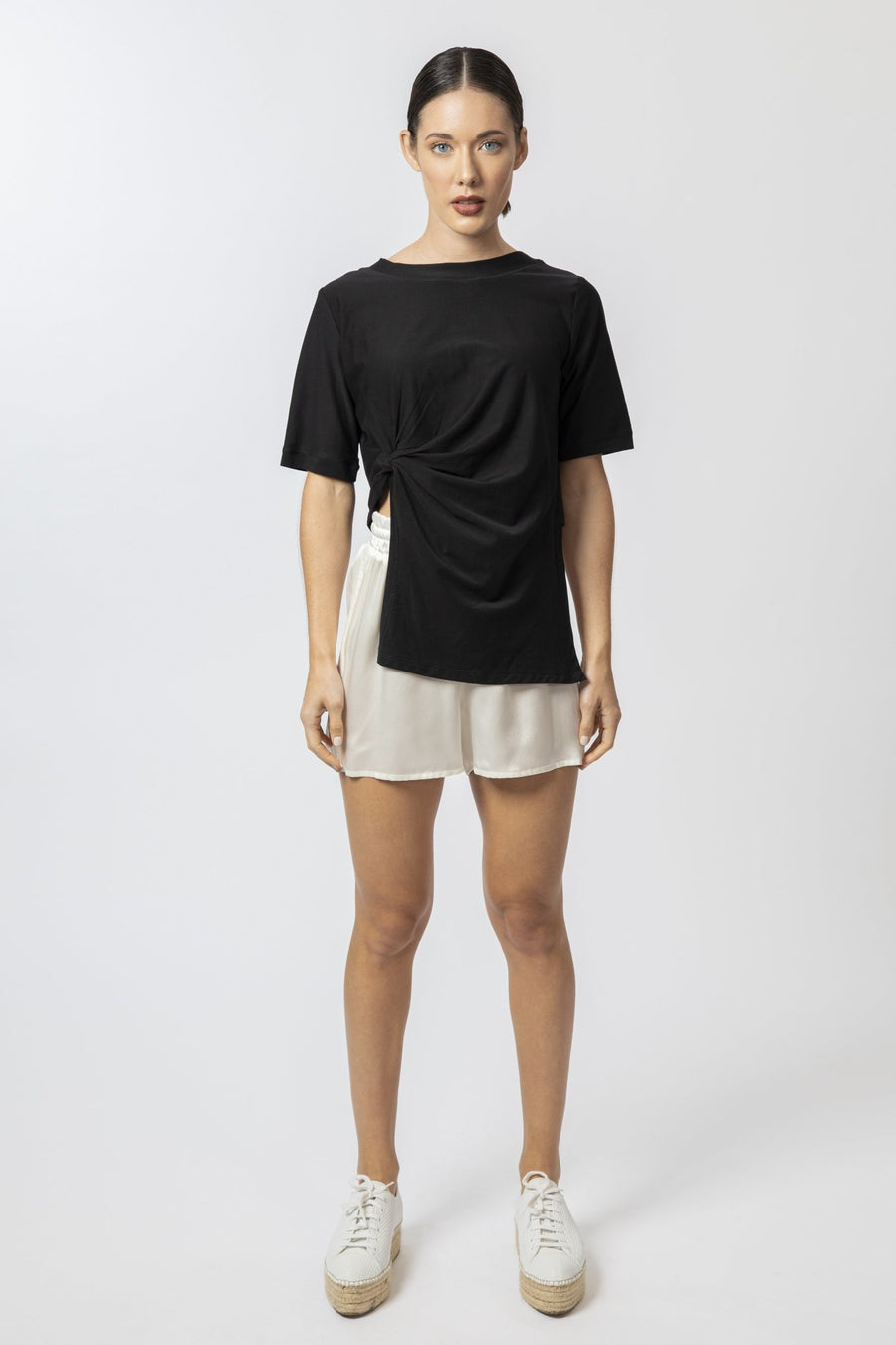 The Goldie T-Shirt | Black - Darcé