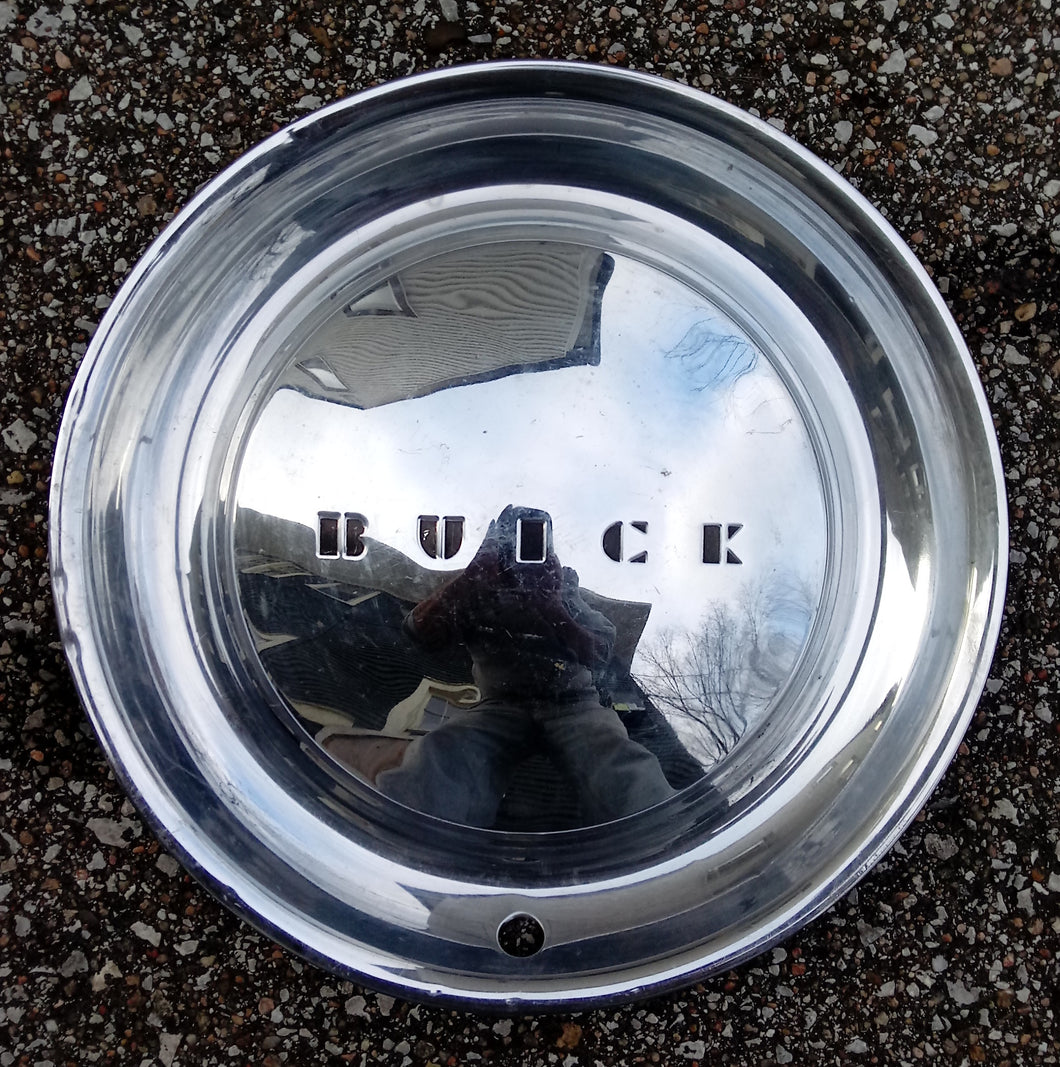 1954 Buick wheel cover