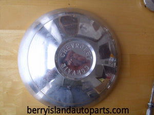 1960 Chevrolet Corvair hubcap