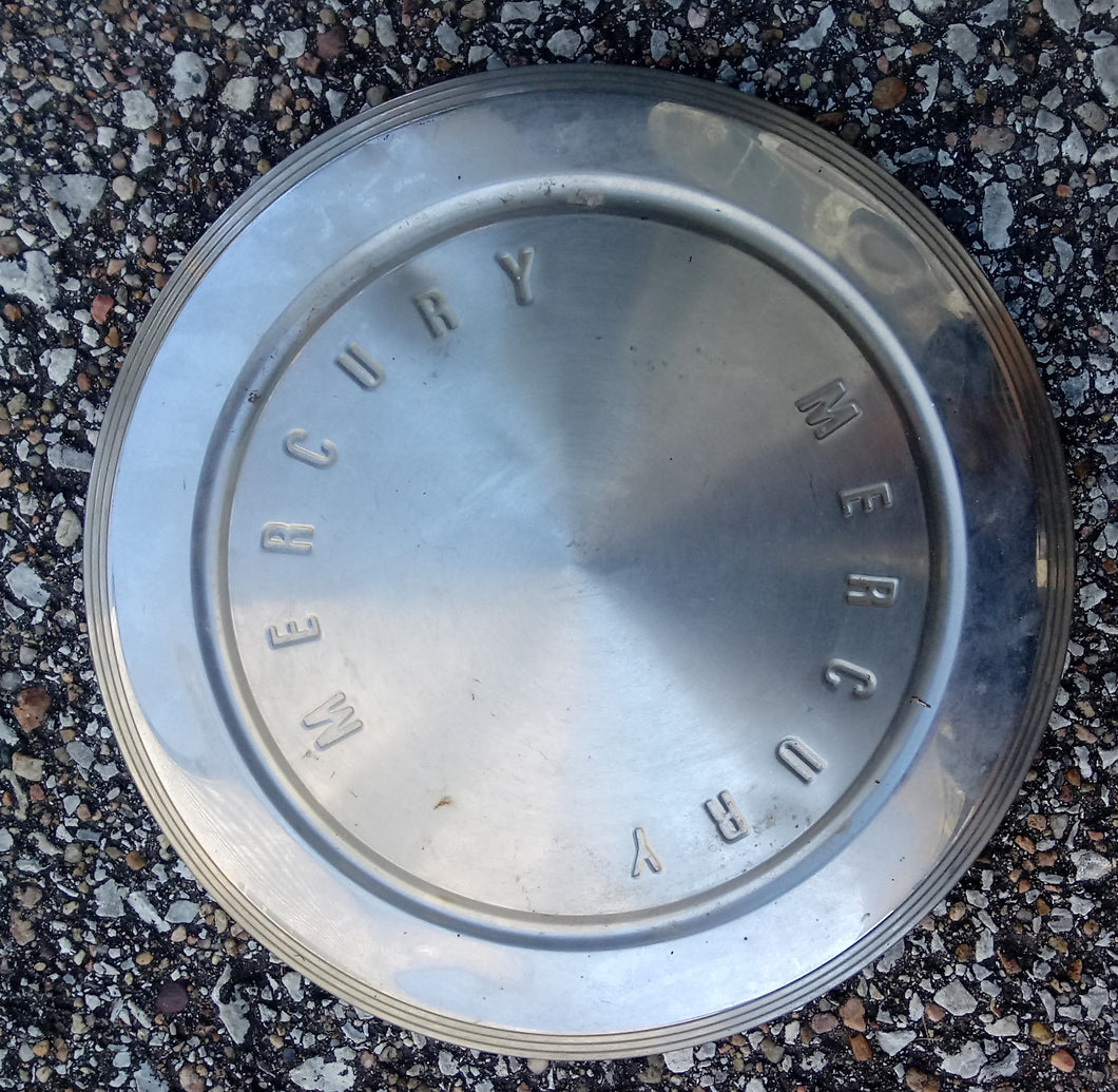 1963 Mercury dog dish hubcap