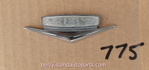 1966 Rambler 287 V8 fender badge