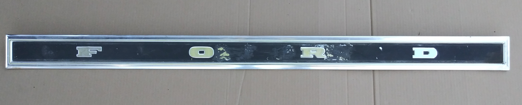 1977 Ford Ranchero 500 tailgate trim panel