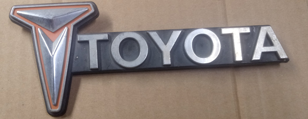 Toyota side badge