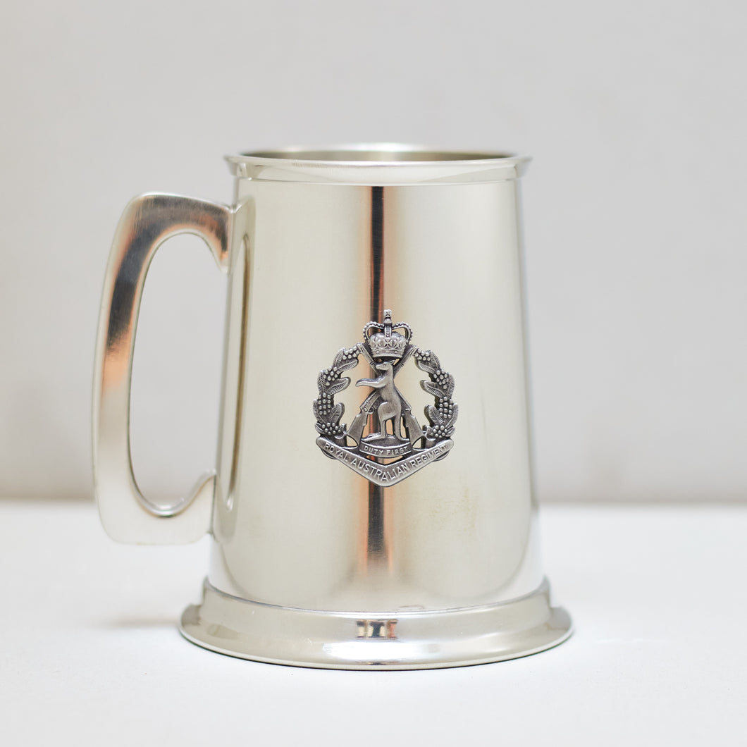 Selwin Pewter Tankard 560 ML with The Royal Australian Regiment Badge BPT022 - End of Stock - With Imperfections