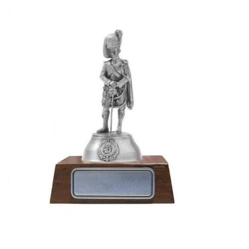 A026 Captain Princess Lousies Argyll / Sutherland Highlanders Pewter Figurine - Buckingham Pewter
