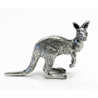 BP106 Pewter Kangaroo sitting on tail-Buckingham Pewter