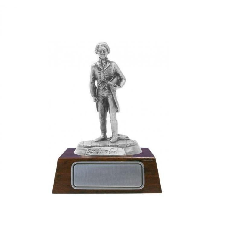 S016 James Cook holding cap Figurines With Jarrah Base-Buckingham Pewter
