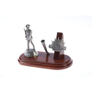 The Australian Rising Sun Desk Set, Pen Holder & A001 Digger Figurine - Buckingham Pewter