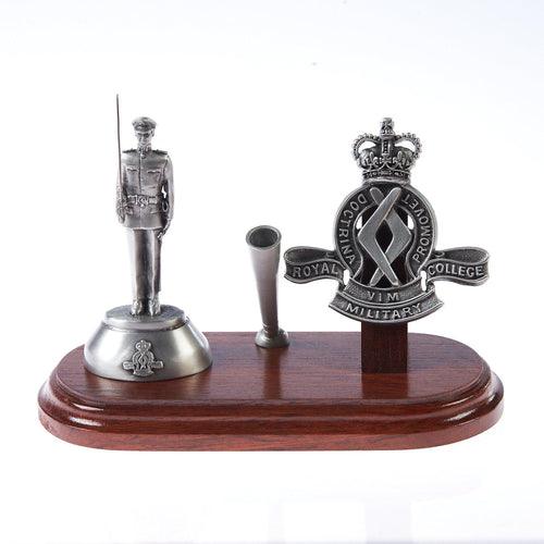 The Royal Military College, Duntroon, Desk Set, Pen Holder & B109 Duntroon Figurine with Sword - Buckingham Pewter