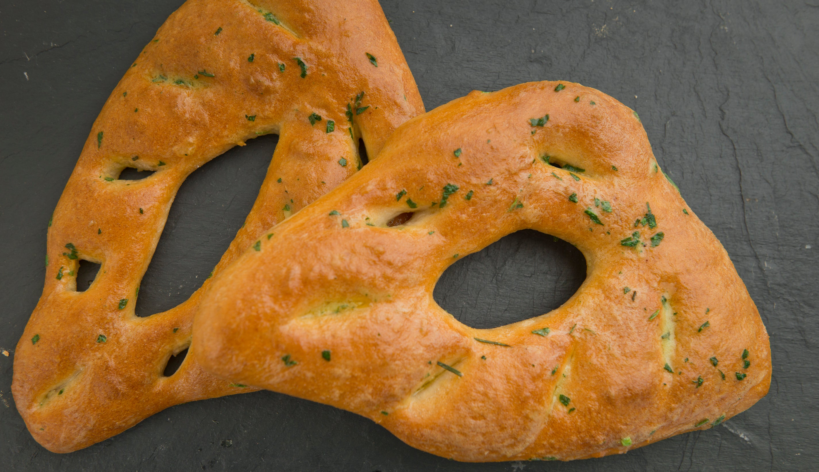 Fougasse with rosemary & garlic butter (V) for two to share