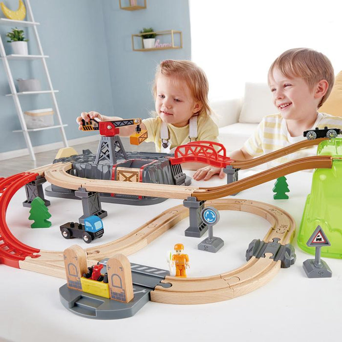 Hape Railway Bucket-Builder-Set