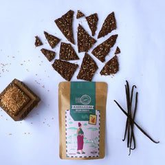 VEGEFIED 64% DARK MADAGASCAR BEAN BARKS WITH VANILLA & QUINOA POPS