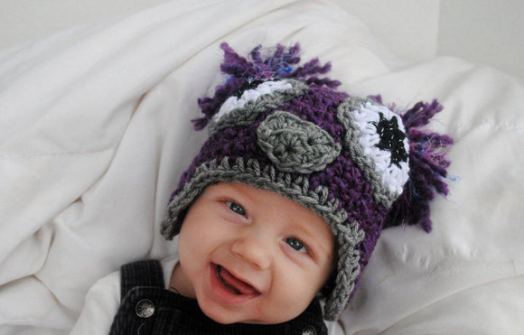 Boucle Purple & Gray Owl Crochet Hat