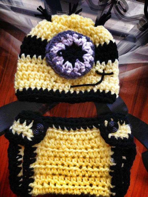 One eye yellow diaper cover set