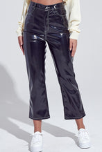 Load image into Gallery viewer, Pleather up 3/4 Pants - Black