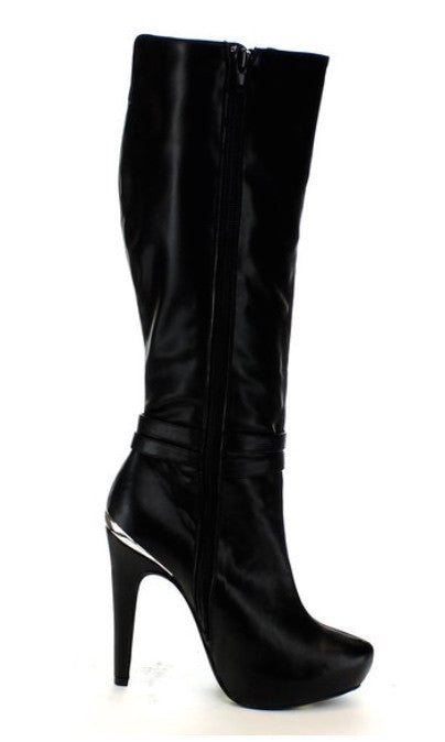 Sexy black high heels boots