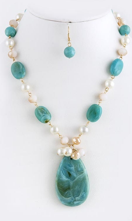 Turquoise Stoned and Pearl Necklace