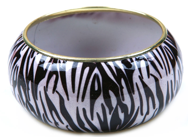 White/Black Bangle