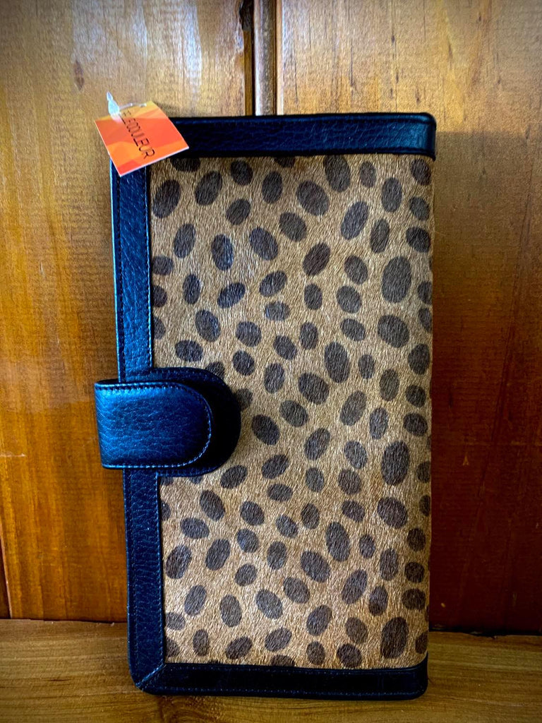 Belle Couleur Zoe – Cheetah Print Cowhide Wallet-Handbags & Wallets-Morven News & Friendly Grocer
