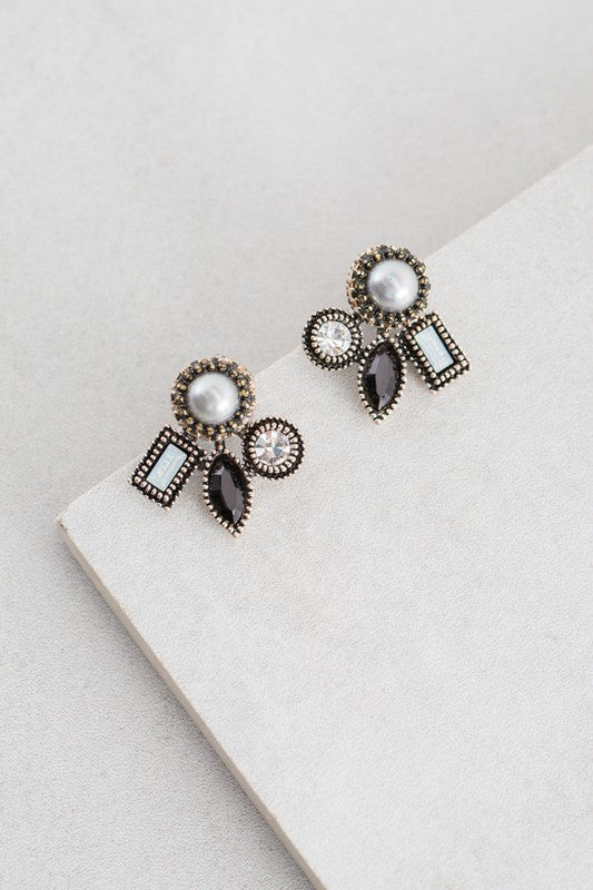 Light In The Dark Stud Earrings - Beau&Arrow