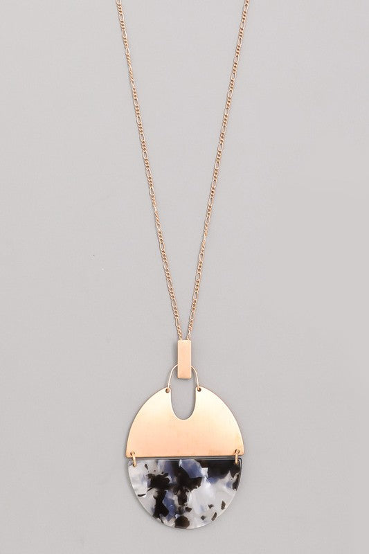 Half Acetate Oval Pendant Necklace - Beau&Arrow