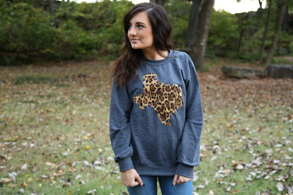 Texas Outline Charcoal Pullover-Call of the Wild