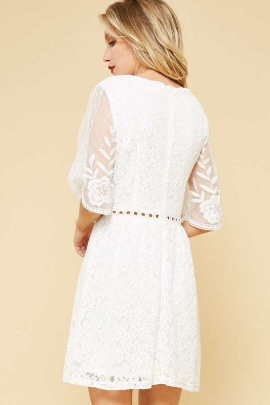 The Lillian White Lace Dress - Beau&Arrow