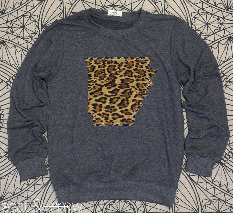 Arkansas Apparel - Arkansas Outline Charcoal Pullover-Call Of The Wild (Ships Nov 3rd)