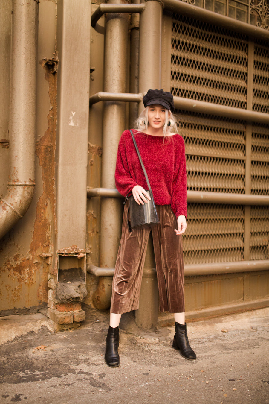 Velour Pleated Culotte Pants