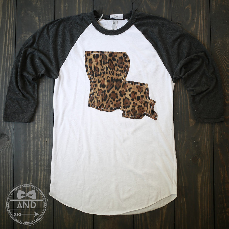 Louisiana Apparel - Louisiana Outline Baseball Tee-Call Of The Wild