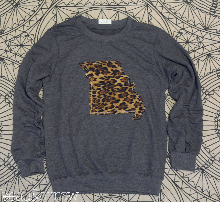 Missouri Apparel - Missouri Outline Charcoal Pullover-Call Of The Wild (Ships Nov 3rd)