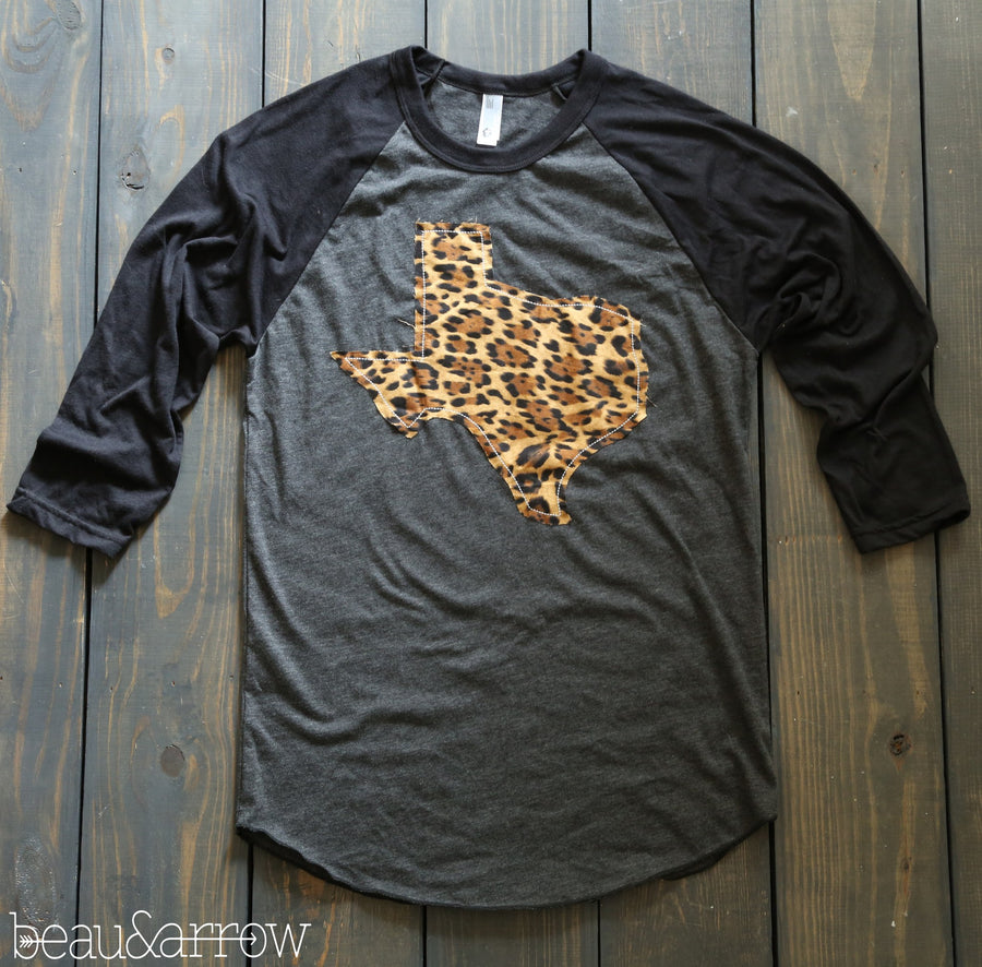 Texas Apparel - Texas Outline Charcoal Baseball Tee-Call Of The Wild (ships Nov 3rd)