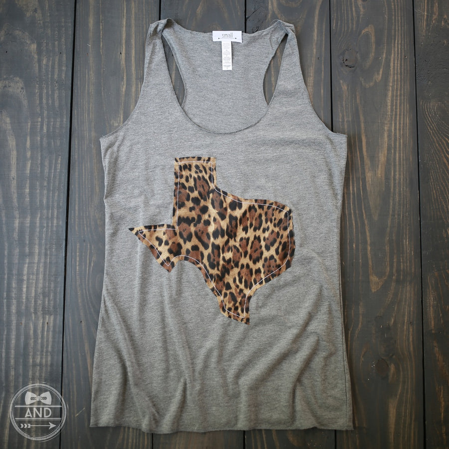 "Texas Apparel - Texas Outline Tank-""Call Of The Wild"""