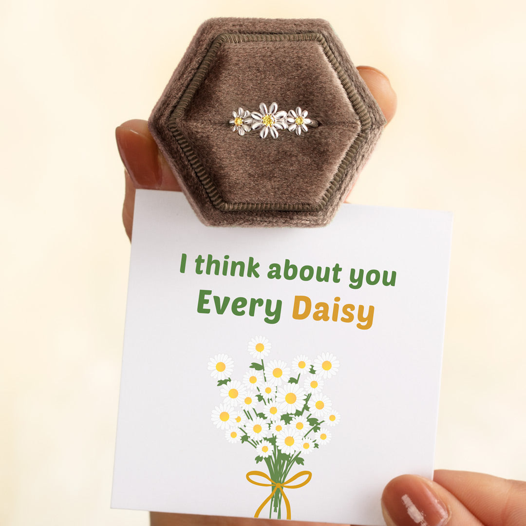 Three Flower Ring - Think About You Every Daisy